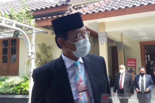 Sultan HB X ingatkan jaga protokol kesehatan respons mutasi SARS-CoV-2