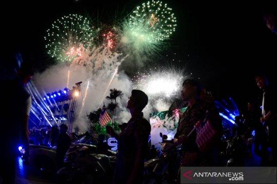 Pesta kembang api HUT Kemerdekaan Malaysia
