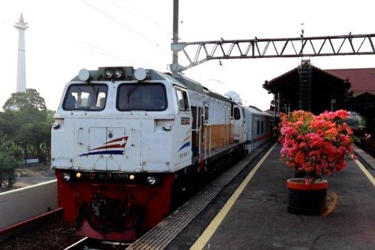 KAI tambah lima perjalanan kereta api jarak jauh dari DKI