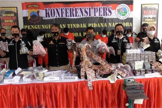 Polda Jateng tangkap pengusaha jamu dan obat ilegal
