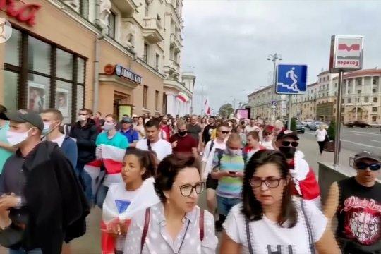 140 orang ditahan pada sebuah demonstrasi di Minsk