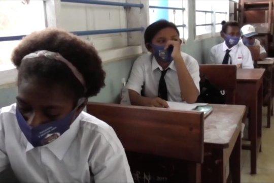 289 siswa yang terkonfirmasi positif  COVID-19 di Papua kumulatif sejak Maret