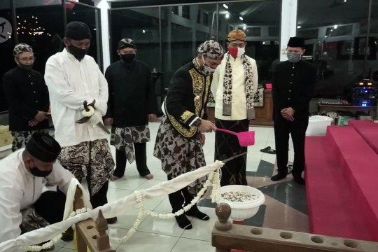 Jamasan Tombak Abirawa dan benda pusaka lainnya di Kabupaten Batang