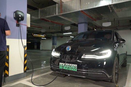 China miliki 556.000 stasiun pengisian daya publik untuk kendaraan listrik