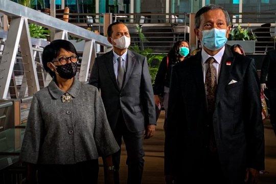 Menlu RI dan Singapura bahas rencana koridor perjalanan bisnis