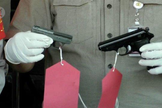 Miliki senpi tak berizin, Polisi amankan kolektor barang militer