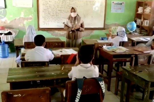 Pakar: Pembukaan sekolah jangan berpedoman warna zona