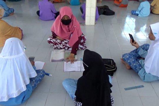 Rumah Ibadah Digital di Padang bantu siswa belajar daring