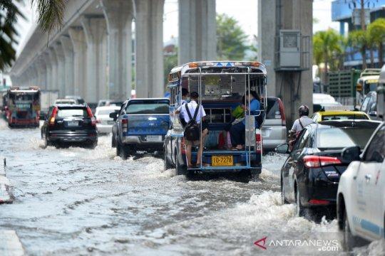 Bangkok terendam banjir usai hujan lebat