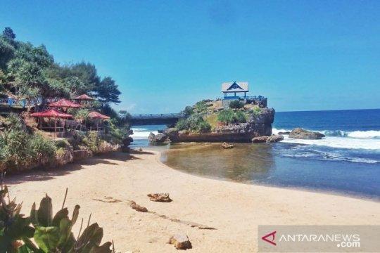 Pemkab Gunung Kidul perpanjang uji coba pembukaan objek wisata