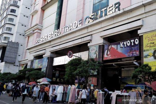 Satu pedagang Pasar Baru Bandung terinfeksi COVID-19
