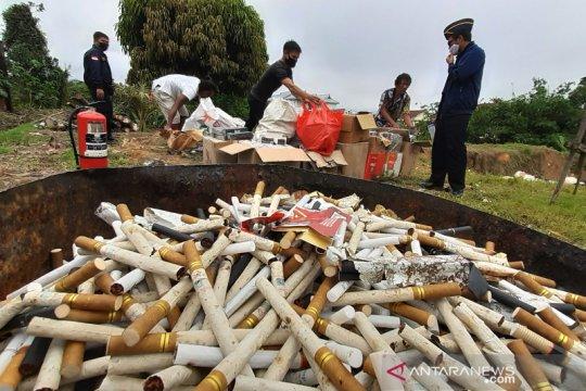 Bea Cukai Entikong musnahkan barang hasil penindakan senilai Rp2,2 milliar