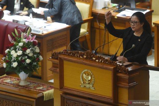 Puan Maharani minta Presiden Jokowi evaluasi penanganan COVID-19