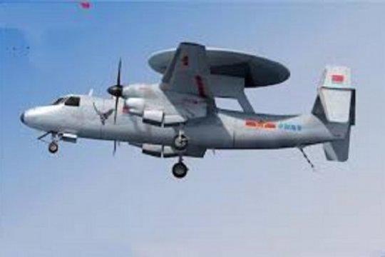 Pesawat peringatan dini berjangkauan luas milik China terbang perdana