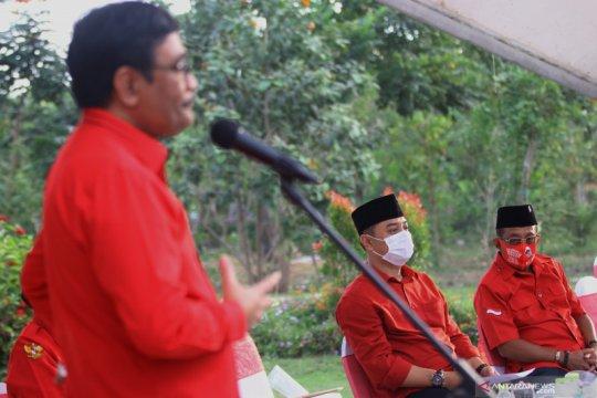 Pilkada Surabaya, Eri Cahyadi-Armuji deklarasi di Taman Harmoni