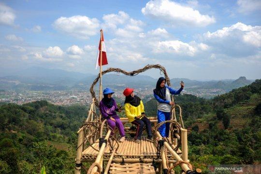 Obyek wisata upaya swadaya masyarakat desa