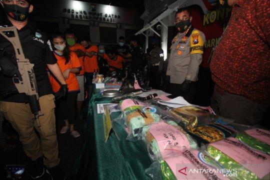 Polrestabes tangkap jaringan narkoba dengan bukti 17,05 kg sabu-sabu