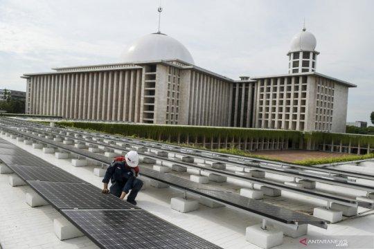 Penggunaan panel surya di Masjid Istiqlal