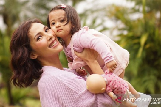 Tips pilihkan produk perawatan anak ala Nadia Mulya
