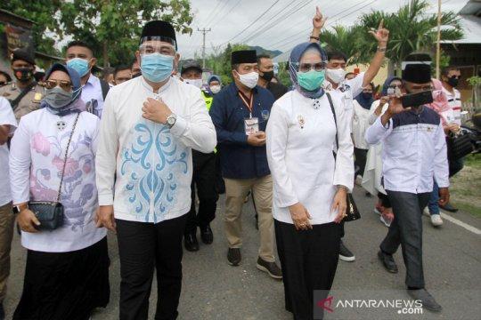 Pendaftaran Pilkada 2020, Hamim-Merlan mendaftar ke KPU Bone Bolango