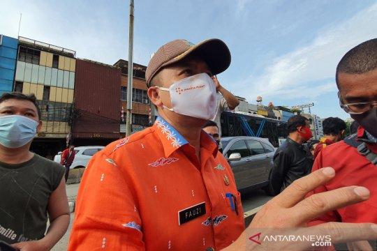 Proses perobohan ruko ambruk di Kyai Caringin dihentikan sementara