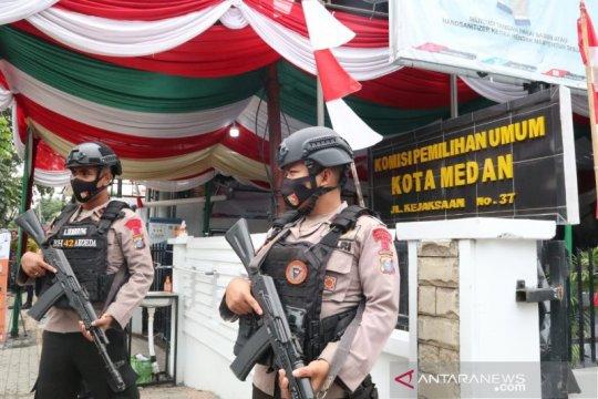 Brimob Polda Sumut turunkan tim pengamanan di KPU Medan