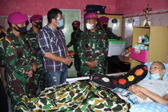 Pelda KKO Kandou pengangkat jenasah korban G-30-S/PKI meninggal dunia