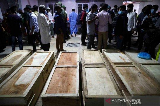 Ledakan masjid di Bangladesh tewaskan 20 orang