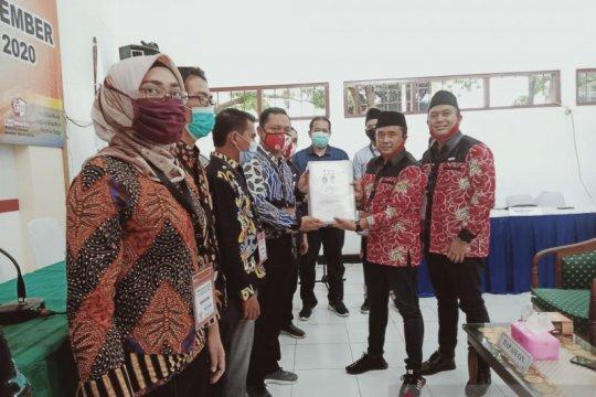 Pasangan Abdussalam-Ifan mendaftar di KPU Jember