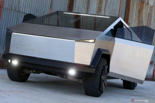 Perusahaan IT Bosnia bikin Cybertruck tiruan dari sasis Ford Raptor