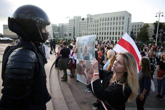 Pemimpin oposisi Belarus rayakan HUT di Lithuania di tengah protes