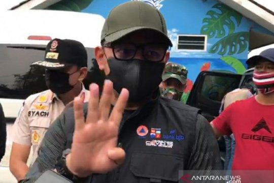 Wali Kota Bogor kunjungi RW merah COVID-19 pastikan relawan bertugas