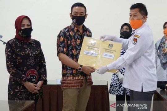 KPU Kota Magelang nyatakan berkas pendaftaran Aji-Windarti lengkap
