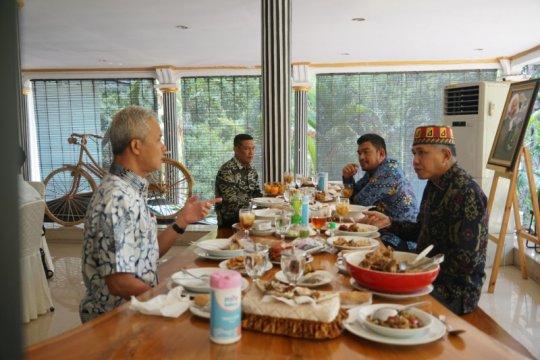 Aceh beri contoh baik pada warga terapkan protokol, sebut gubernur