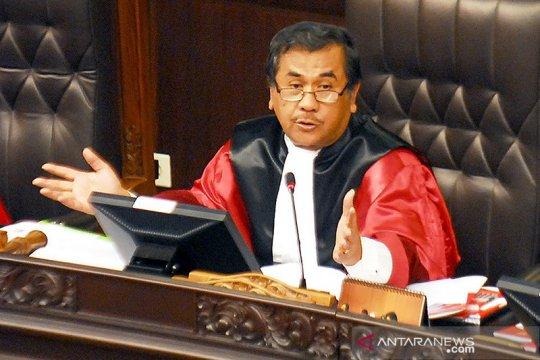 Pandangan mantan hakim MK sedikit bergeser soal uji formil