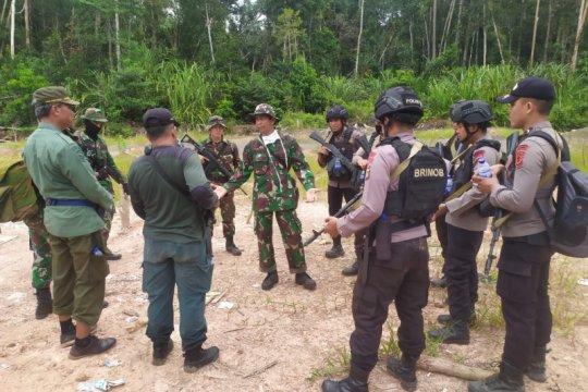 Tim aparat gabungan tangkap pembalak liar di Muaro Jambi.