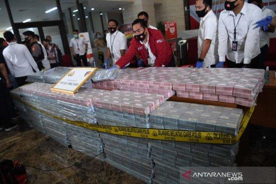 Polisi sita uang Rp58,8 miliar dari sindikat internasional pembelian ventilator COVID-19