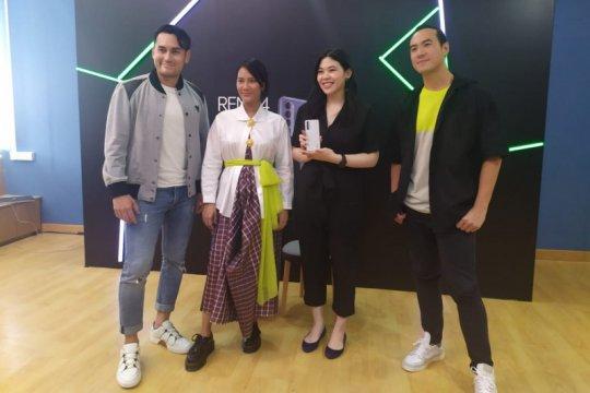 Fitur wajib ada di ponsel versi Tara Basro dan Arifin Putra