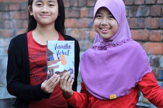 Dua gadis cilik Indonesia yang terbitkan novel bahasa Inggris