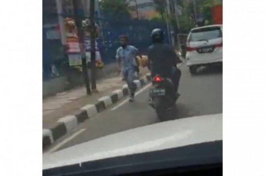 Perusakan mobil di Menteng berakhir damai