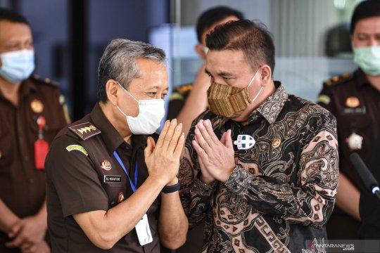 Kemarin, pemeriksaan Pinangki hingga 50 prajurit TNI jadi tersangka