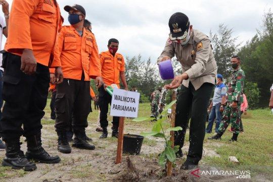 Perlindungan pohon pinago di Pariaman bagi mitigasi tsunami disiapkan