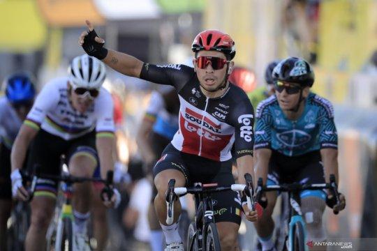 Caleb Ewan menangi etape keduanya di Tour de France 2020