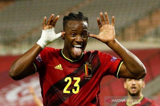 Batshuayi dua gol, Belgia cukur Islandia 5-1