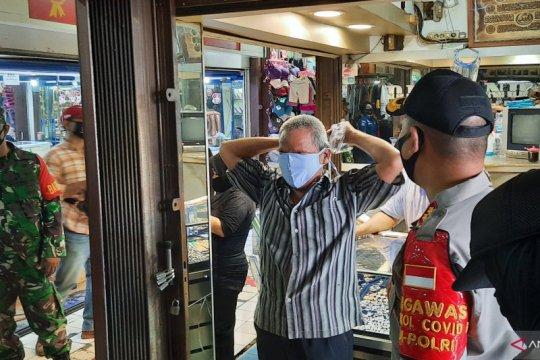 Polrestro Jaksel waspadai penularan COVID-19 di pasar