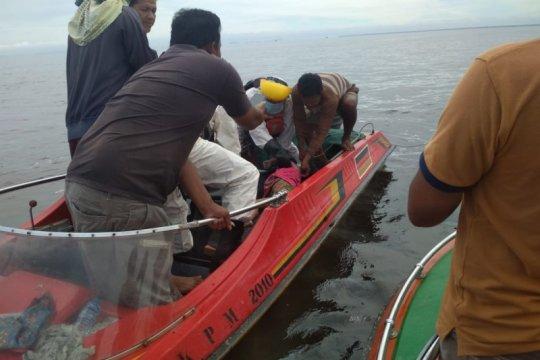 SAR: Dua korban kapal cepat yang terbakar ditemukan meninggal
