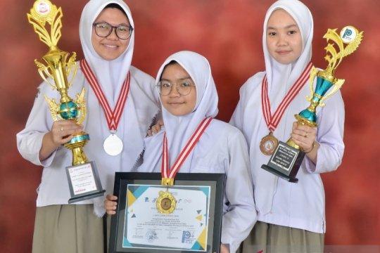 SMA Athirah Makassar sabet juara II karya ilmiah inovatif di Korsel