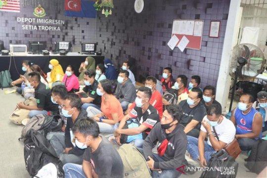 Tentara Malaysia tangkap 28 PMI ilegal
