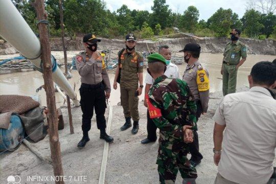 Tim gabungan tertibkan penambangan biji timah ilegal di Bangka