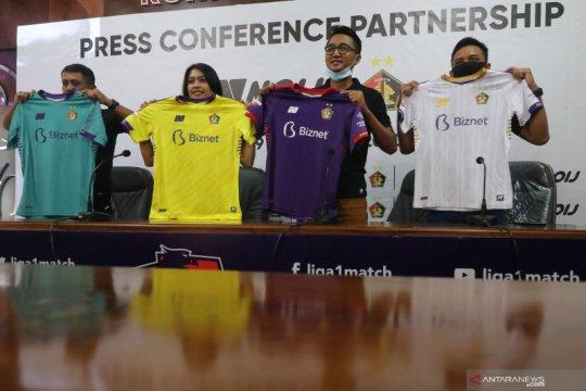 Peluncuran jersey Persik Kediri